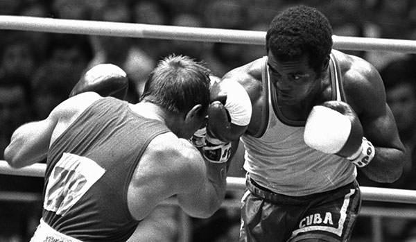 Teofilo Stevenson vs Pyotr Zaev 1980 Olympics
