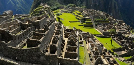 Machu Picchu Facts Featured