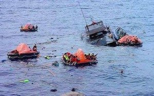 Picture of SIEV-4 sinking