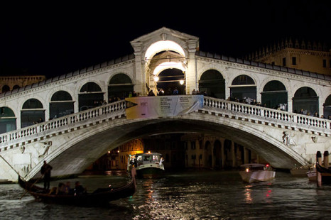 10 Interesting Facts About The Rialto Bridge