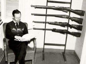 Hunting gear of Simo