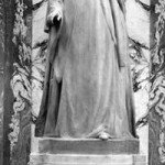 Elizabeth Fry's statue in Old Bailey