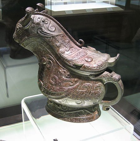 Shang dynasty bronze battle axe