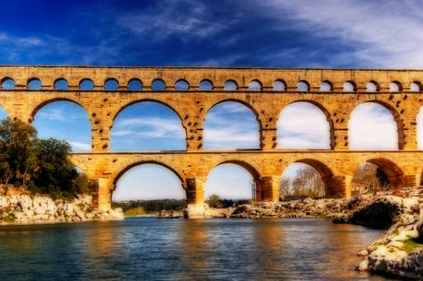 Pont Du Gard | 10 Facts On The Aqueduct Bridge In France