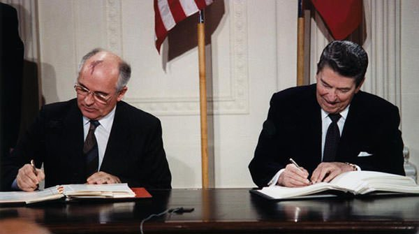 Reagan and Gorbachev signing the INF Treaty