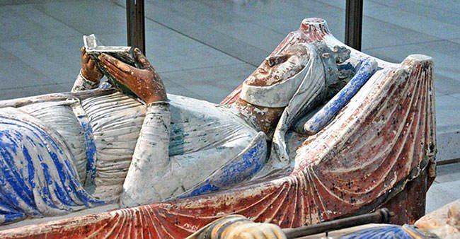 Tomb Effigy of Eleanor of Aquitaine