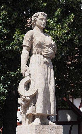 Statue of Katharina Kepler