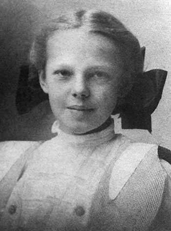 Image result for amelia earhart childhood