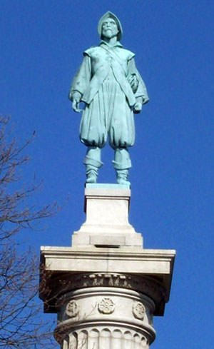 Statue of Henry Hudson in New York City