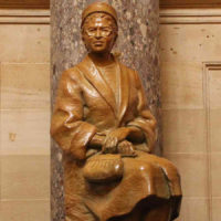 Biography of Rosa Parks Through 10 Interesting Facts