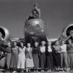 Amelia Earhart with Ninety-Nines' members