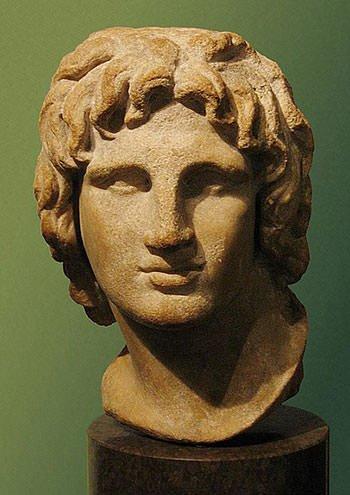 Darius III flees during the Battle of Gaugamela