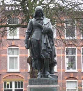 Statue of Rene Descartes