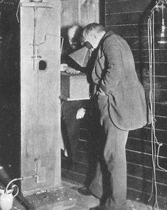 Edison's fluoroscope