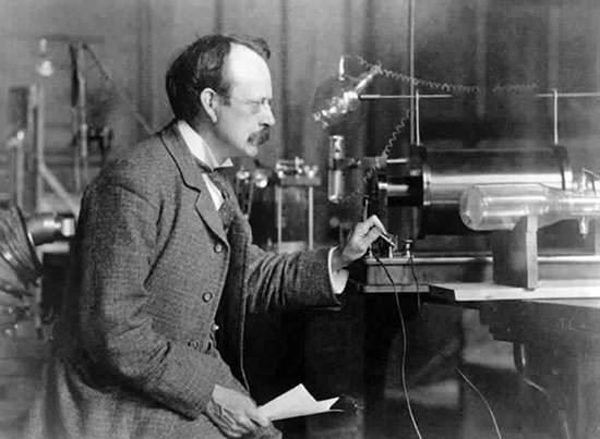 JJ Thomson in his laboratory