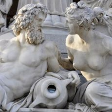 10 Most Famous Myths Featuring The Greek God Zeus