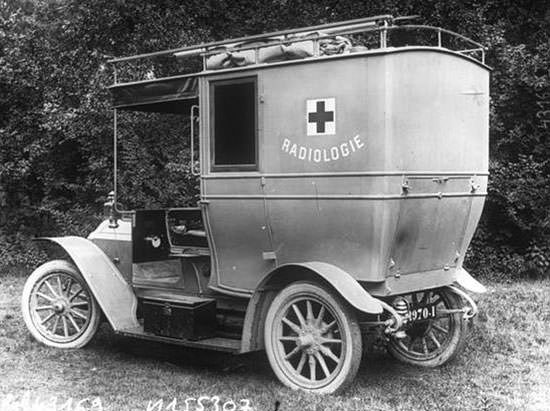 Marie Curie mobile X-Ray unit