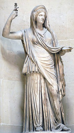 Statue of Hera at Louvre
