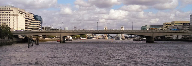 The Current London Bridge